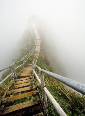 STAIRWAY TO HEAVEN , HAWAII
