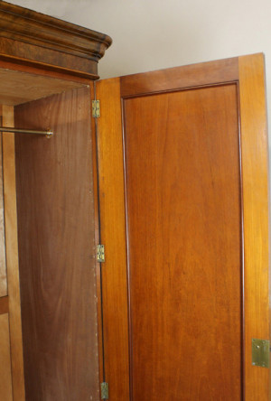 Victorian Burr Walnut Wardrobe