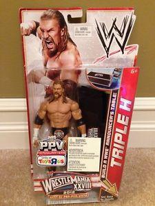 ÃÂ WWE Triple H Wrestlemania 28 Build A WWE Announcers Table Figur