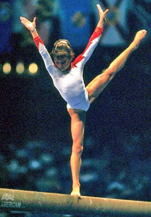 ... pictures | Young Gymnast Dominique Moceanu on the balance beam