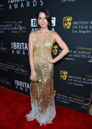 The artist flaunted her gold sequined gown at the 2012 Los Angeles ...