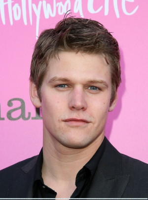 ... read more read more top video with zach roerig photos with zach roerig