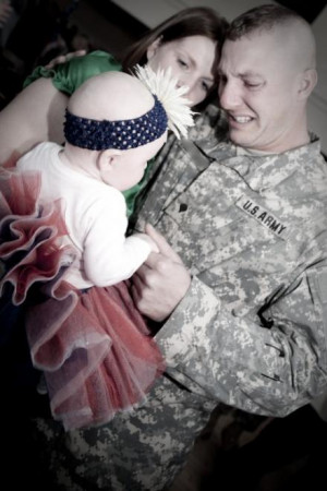 Very touching: Soldier meeting his daughter for the first time