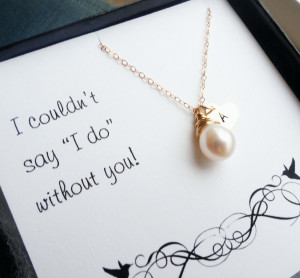Personalized Bridesmaid gifts, Gold initial and pearl necklace with