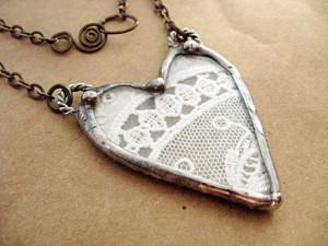 by Deborah Gregg | Nov 30, 2011 | Jewelry | 1 comment