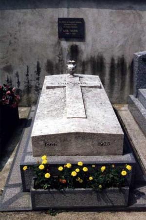 Erik Satie's grave at Cimetiere d'Arcueil, Arcueil, Departement du Val ...