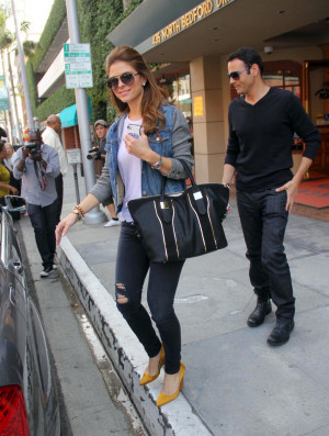 Maria Menounos Jeans