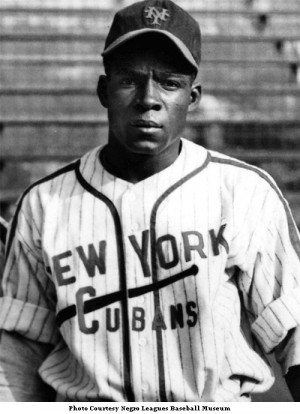 Rare Pix From Minoso's Negro Leagues Days Are much Appreciated!