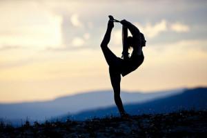 Relaja, ejercita y mejora tu salud con el yoga.