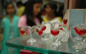 INDIA-VALENTINE-GIFT-SELL-ON-SHOP India Valentine Gift being sell at ...