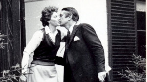 Malcolm Fraser gets a goodbye kiss from his wife Tamie on the first ...