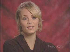 Laura Vandervoort Interview