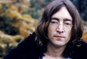 ... amigos, agora é a vez desse célebre artista musical - John Lennon