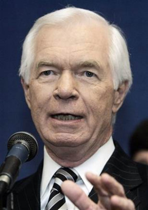 Senate aide linked to Abramoff took 2 salaries