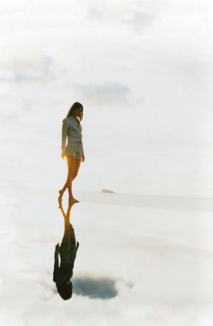 Angela Lindvall in les grandes vacances | Vogue Paris May 1999 ...