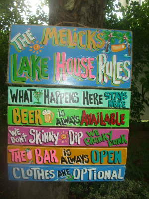 10.SMALL ULTIMATE LAKE HOUSE PLAQUE