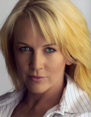 Thread: Renee O'Connor [Actress]