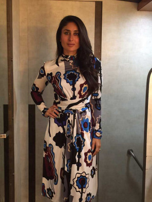 Kareena Kapoor Khan Is Out Again amp We Can 39 t Stop Staring At Her