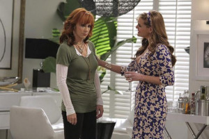 Reba McEntire and Lily Tomlin Dish on New Comedy 'Malibu Country620