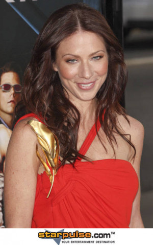 Lynn Collins Pictures & Photos
