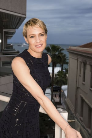 Robin Wright Paris Match