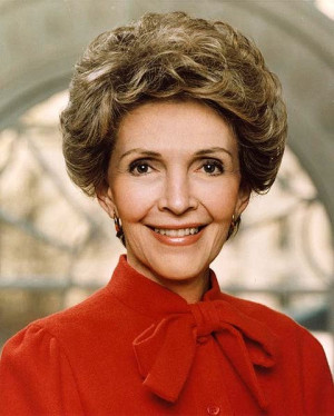 Former First Lady Nancy Reagan Is Recovering After Rib Fractures ...