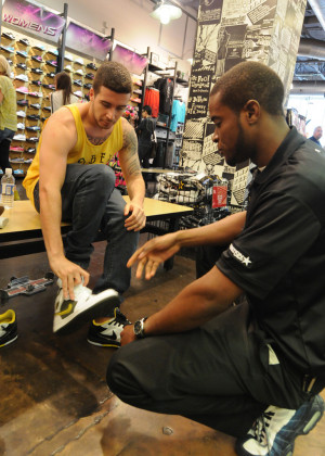 Vinny Guadagnino shopping for some new kicks at a Manhattan Footaction