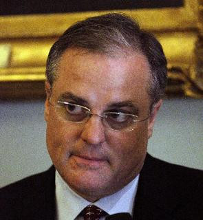 Mark Pryor Pictures
