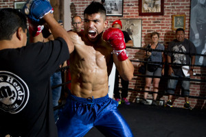 Victor Ortiz vs Josesito Lopez: Photos and Quotes From the Fighters