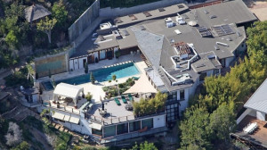 Update: The noted American actor Ryan Phillippe finally sold his Los ...