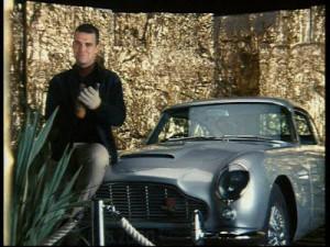 Robbie Williams salutes Liam (Read 1,201 times)