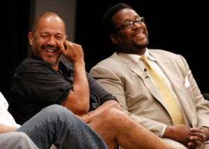 Clark Johnson and Wendell Pierce at event of The Wire (2002)