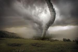 可怕的龙卷风图片