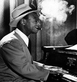 Ik vind Horace Silver hier opvallend veel lijken op Earl Hines ...
