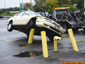 ... .net/images/2011/05/02/funny-car-accident-pole_130434700842.jpg