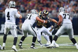 Oakland Raiders v St Louis Rams EyptfxRmexSx jpg