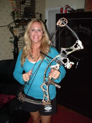 Thread: Women Bowhunters?