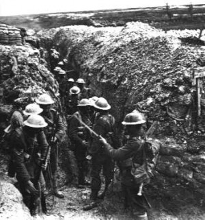 World War 1 Soldiers In Trenches