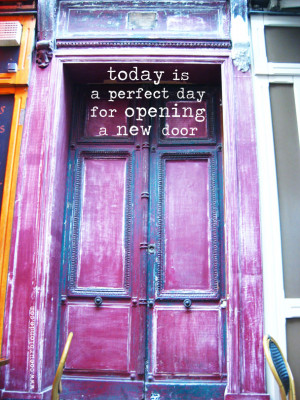 opening-a-new-door-quote-coeurblonde