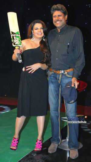 Kapil Dev on Cricket Show For Aaj Tak Photos