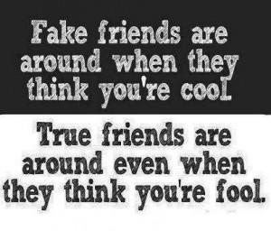 Fake Friend vs True Friend - Quotes Wallpaper