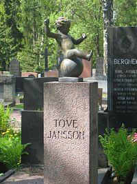 Tove Janssonin hauta Hietaniemessä.