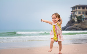 Happy Girl Running In Beach | 1920 x 1200 | Download | Close