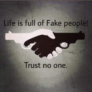 28 #Trust #No #One #Quotes That All People Can Follow