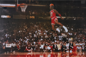 El pasado domingo Michael Jordan cumplió cincuenta años de edad, y ...