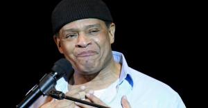Musik-Al-Jarreau-liegt-mit-schweren-Atemwegsproblemen-in-einem ...