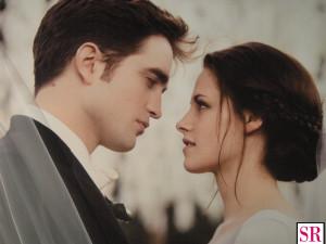 Edward and Bella Breaking Dawn wedding stills