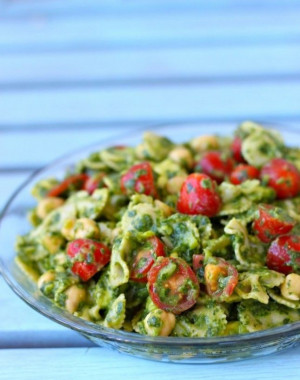14 Summery Pasta Salads to Make Right Now via Brit + Co. @Brit Morin ...