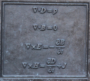 Maxwell's Equations - wikimedia commons
