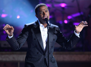 Maxwell Will Deliver 'Summers' Next Winter